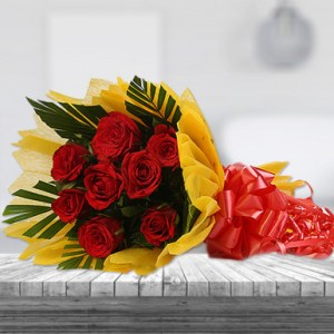 Reds Roses Bunch Delivery Patna